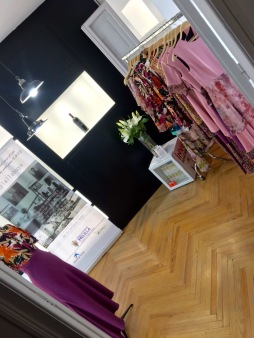 showroom Lal La Buya