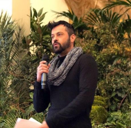 Sergio Gallardo presidente de Lal La Buya da una conferencia sobre el consumo responsable